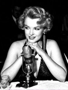 Marilynat the premiere for The Baby Doll Benefit,12/18/56