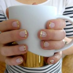 Glitter Tip Manicure DIY {Nails}