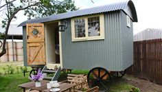 Buttercrambe Shepherd's Hut, Glamping Yorkshire www.sheepskinlife.com