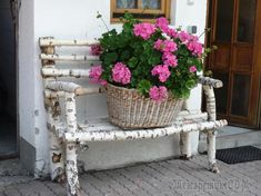 birch bench with pink geraniums. birch bench with pink geraniums.birch bench with pink geraniums. Pink Geranium, Birch Branches, Birch Trees, Garden Chairs, Garden Benches, Flower Beds, Diy Flowers, Blooming Flowers, Garden Inspiration