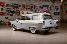 1956 FORD PARKLANE 2 DOOR STATION WAGON - Barrett-Jackson Auction Company - World's Greatest Collector Car Auctions