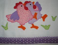 two dancing hens Felt Patterns, Applique Patterns, Applique Quilts, Applique Designs, Embroidery Applique, Cute Chickens, Chickens And Roosters, Chicken Quilt, Farm Quilt