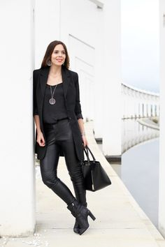 Cuoremio Rock Morellato by Irene Colzi red lips black look all black leather pants look fendi boots www.ireneccloset.com