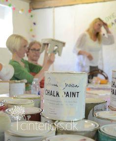annie_sloan_workshop_cinteriorsdk4 Make Chalk Paint, How To Make Paint, Annie Sloan Chalk Paint, Furniture Makeover, Diy Furniture, Furniture Refinishing, My Calendar, Wood Creations, Chalkboard Paint