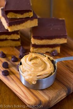 No-Bake Reese's Peanut Butter Bars. They taste like giant Reese's Cups! Easy, quick, and only 5 ingredients needed!