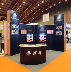 Corner Exhibition Stands Up : Best corner angle trade show booth layouts images in