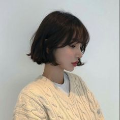 Uploaded by Nina. Find images and videos about girl, korean and asian on We Heart It - the app to get lost in what you love. hair korean Image in girls collection by Ninna on We Heart It hair boy Kpop Short Hair, Ulzzang Short Hair, Short Hair With Bangs, Girl Short Hair, Hairstyles With Bangs, Pretty Hairstyles, Short Hair Cuts, Korean Short Hair Bangs, Korean Hairstyles