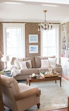 Simple living room decorating for Christmas