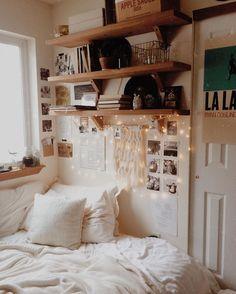 Resultado de imagen de small bedroom tumblr