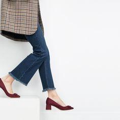 Image 2 de ESCARPINS À TALON MOYEN ET LACET de Zara