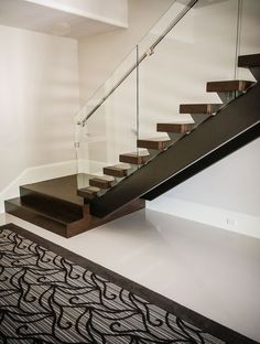 Modern Stair Treads and Risers . Modern Stair Treads and Risers . Copycat Fixer Upper Stair Risers with Images Steel Railing Design, Modern Railing, Modern Stairs, Staircase Design, Staircase Ideas, Glass Stairs, Floating Stairs, Glass Railing, Design Seeds