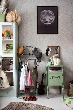 Antic&Chic. Decoración Vintage y Eco Chic: [Get the look] Una habitación infantil ecléctica y vintage