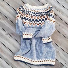Fair Isle Knitting Patterns, Knitting Charts, Knitting Stitches, Baby Knitting, Nordic Pullover, Nordic Sweater, Icelandic Sweaters, Cozy Sweaters, Chunky Knitwear
