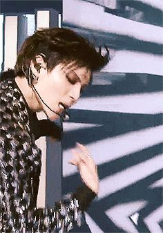 Taemin - Danger...oh my gosh I'm drooling over him more than usual in this gif.
