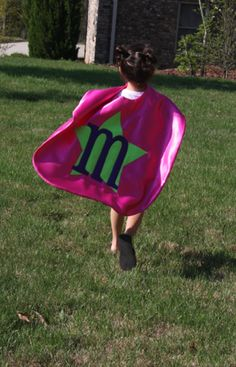love it.  ever since playing with her cousin a few weeks back, m is into super heros!