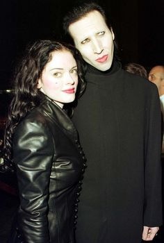 Marilyn Manson and Rose McGowan at the premiere of Sleepy Hollow, 1999 (via oldloves.tumblr.com)