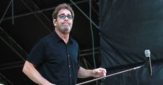 """Huey Lewis and the News Cancel 2018 Shows Due to Singer's Hearing Loss      """"I can't hear music well enough to sing,"""" Lewis says of Meniere's disease battle https://www.rollingstone.com/music/news/huey-lewis-cancels-2018-tour-dates-due-to-hearing-loss-w519131"""