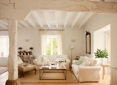 """Salón rústico blanco con dos sofás en """"L"""" y butaca_ 00315382"""