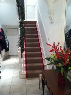 Stair runner I fitted wool berber with red crucial trading edging Wallpaper Stairs, Red Wallpaper, Painting Wallpaper, Carpet Stairs, Carpet Flooring, Sisal Stair Runner, Stair Runners, Rug Binding, Sisal Carpet