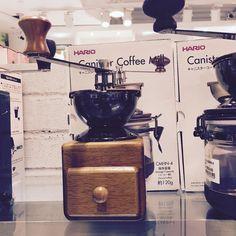 new toy  #coffeemill #coffee #hario http://ift.tt/20b7VYo