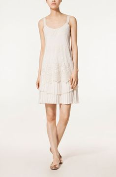 EMBROIDERED PLEATED DRESS - Dresses - New Season - WOMEN - Mexico