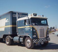 Wandering around Chicago way way back in May 1967 I came across this KW for Greyhound Van Lines. Big Rig Trucks, Semi Trucks, Cool Trucks, Kenworth Trucks, Peterbilt, Gmc Motorhome, Heavy Machinery, Heavy Truck, Vintage Trucks