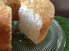Lemon Grass Thai Basil Angel Cake seems like sunshine via apuginthekitchen Angel Cake, Angel Food Cake, Baking Recipes, Cake Recipes, Thai Basil, Other Recipes, Lemon Grass, No Cook Meals, Good Food
