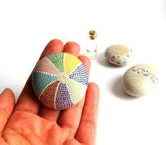Piedras Pintadas - Piedras originales pintadas a mano por Malena Valcarcel