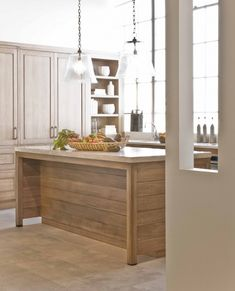 horizontal planks on kitchen island, but I want it in white for my kitchen.