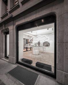 l'asticot-flagship-store-bureau-a-switzerland-designboom-02 Cardboard City, Shop Facade, Clothing Displays, Geneva Switzerland, Retail Interior, Facade Design, Design Furniture, Around The Worlds, Design Inspiration