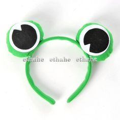 "This frog headband is a great idea for a ""Princess & The Frog"" family theme."