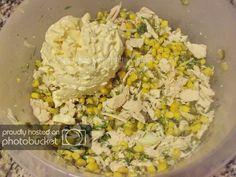 Salata de pui si porumb preparare reteta Fried Rice, Fries, Ethnic Recipes, Food, Salads, Essen, Meals, Nasi Goreng, Yemek