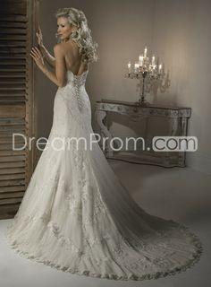 Chic Trumpet/Mermaid Strapless Floor-length Chapel Lace Wedding Dresses