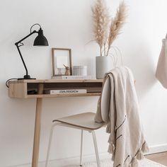 CAPO pöytä - Karup Design - Futonnetti.fi Office Desk, Furniture, Design, Home Decor, Quartos, Home, Desk Office, Decoration Home, Desk