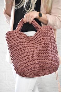 Boho Crochet, Crochet Fairy, Crochet Bee, Crochet Handbags, Crochet Purses, Tote Bags Handmade, Knitted Bags, Crochet Patterns, Knitting