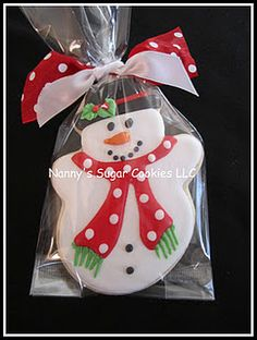Hand Decorated Sugar Cookies for Any Occasion Snowman Cookies, Christmas Sugar Cookies, Christmas Cupcakes, Christmas Sweets, Noel Christmas, Christmas Goodies, Holiday Cookies, Christmas Baking, Gingerbread Cookies