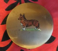 RARE VINTAGE STRATTON COMPACT POWDER CASE WITH PICTURE OF A CORGI ON THE LID