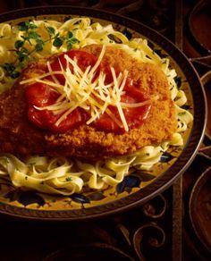 Easy Chicken Parmesan Recipe - Baked Chicken Parmesan