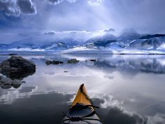 Kayaking on The Kenai in Alaska. You kayak and hike, I'll drive to the end for pick up, enjoying my book and scenery! Let's make a winter trip, thie boated is fabulous. So many places we saw California Camping, California Lakes, Alaska Wallpaper, Wallpaper Desktop, Wallpaper Maker, Bear Wallpaper, Fall Wallpaper, Widescreen Wallpaper, Nature Wallpaper