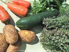 Kennst du die Karottenraupe? Zucchini, Sausage, Meat, Vegetables, Inspiration, Food, Caterpillar, Carrots, Biblical Inspiration
