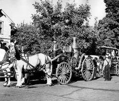 Salem Centennial pioneer parade, Salem, Oregon, 1940 :: Ben Maxwell Collection
