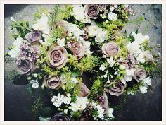 Amnesia Roses, Freesias, Bouvardia, Alchemilla Mollis and Green Bell