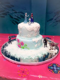Disney Frozen Princess Cake. Elsa and Anna New Disney Princess. La Boca de Fresa PR .