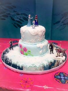 Disney Frozen Princess Cake.  Elsa and Anna New Disney Princess.  La Boca de Fresa PR .