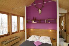 Das Bett im Baumhaus. Sich von der Sonne wecken lassen. Gemeinsam kuscheln.