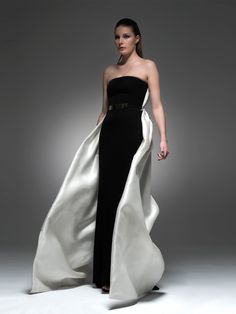 Fonelas Gown from Isabel Sanchis  http://www.elilhaam.com/designers/isabel-sanchis/isabel-falces-model-dress-10510107.html