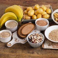 Δίαιτα για μετά τα 50: To ενδεικτικό πλάνο διατροφής από τη διαιτολόγο - Shape.gr Basic Food Groups, Balanced Diet Plan, High Carb Foods, Easy Diet Plan, Nutrition, Health Eating, Weight Loss Smoothies, Diet Tips, Healthy Dinner Recipes