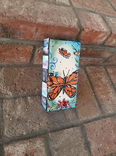 Painted Bricks Crafts, Brick Crafts, Painted Pavers, Bird Houses Painted, Painted Stones, Brick Art, Outdoor Paint, Stone Painting, Rock Painting