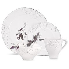 Vine White Dinnerware (Set of 16) | Arhaus Furniture