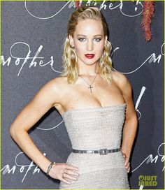 jennifer lawrence mother paris premiere darren aronofsky 01